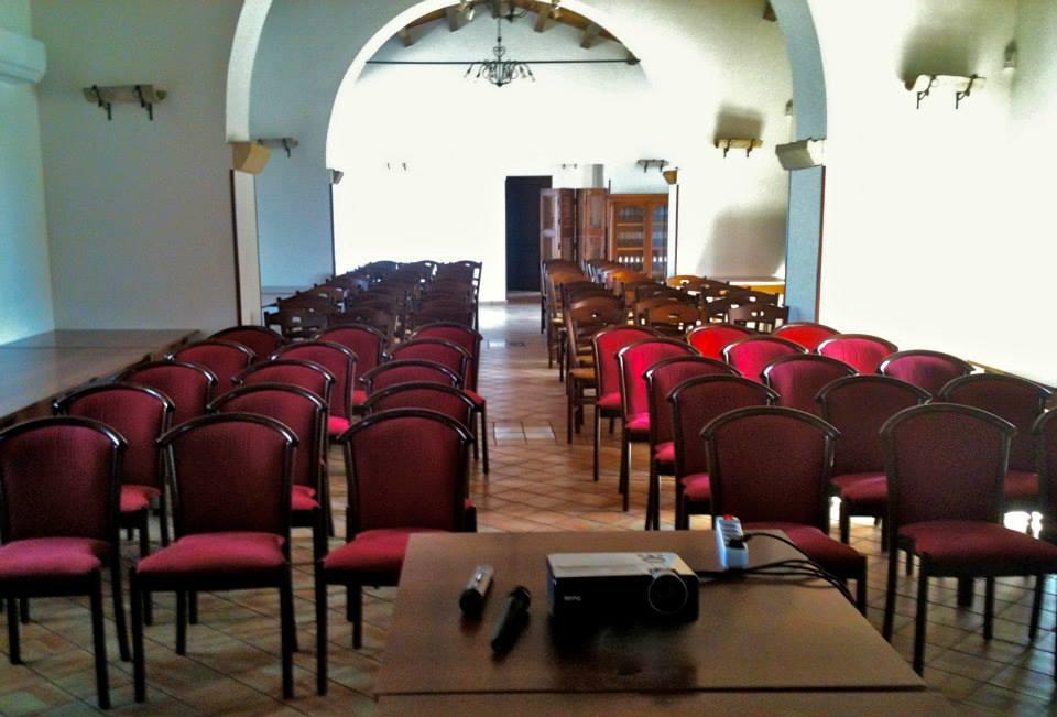 sala convegni per incontri di lavoro